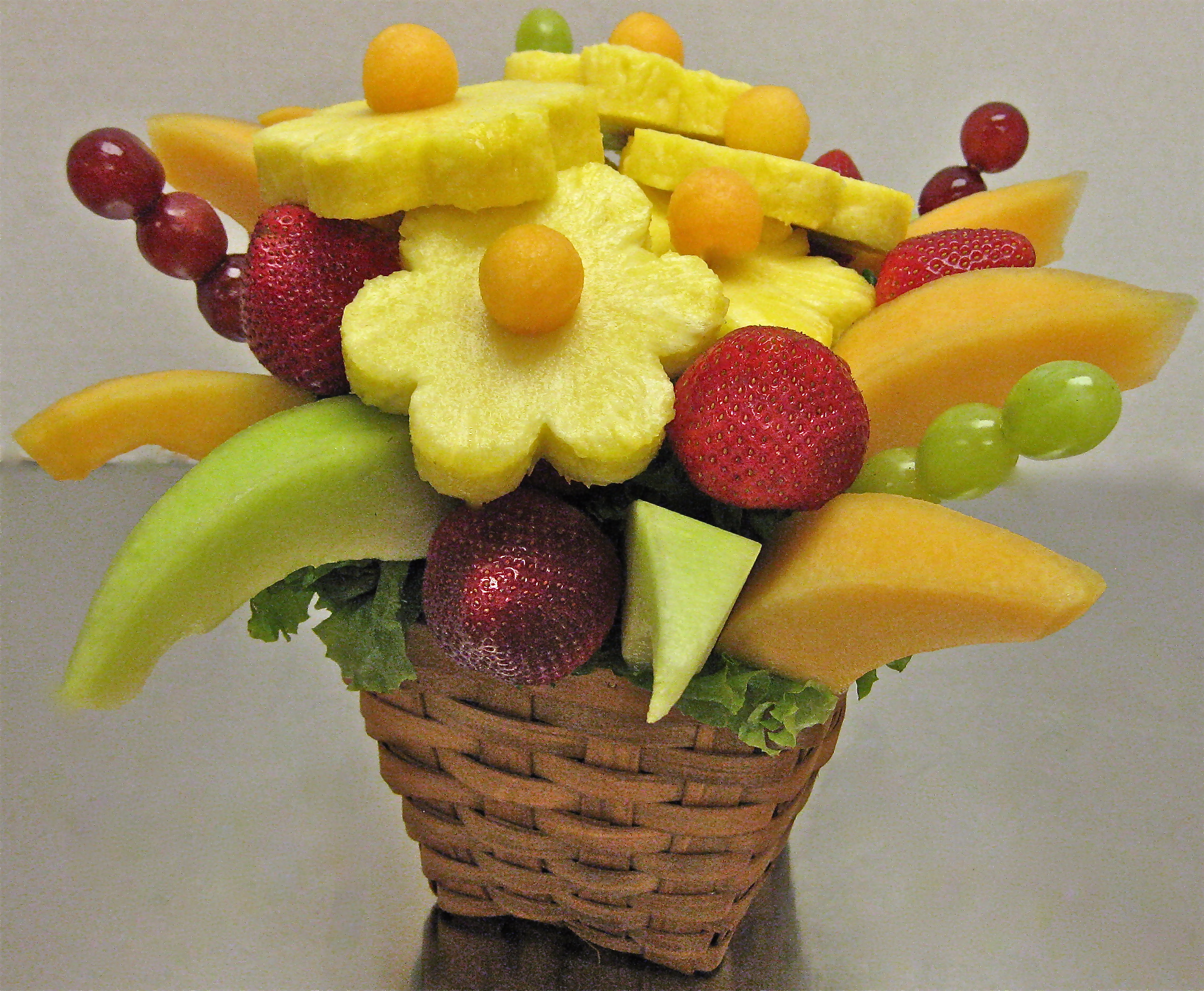 Do it yourself fruit flowers crazeedaisee Fruit bouquet